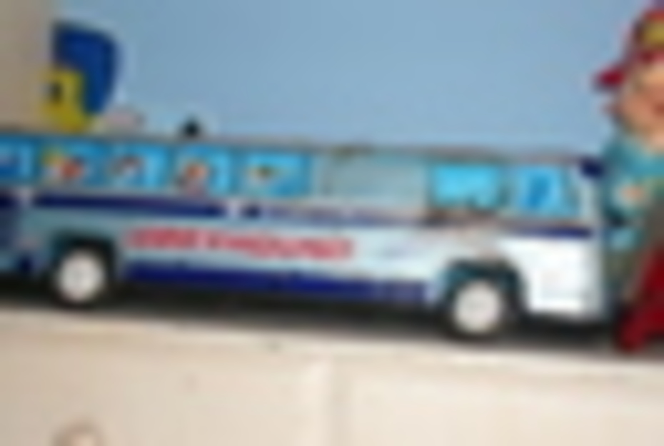 tin bus