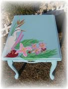 aqua beach side table2