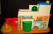 SOLD - FISHER-PRICE Sesame Street Clubhouse