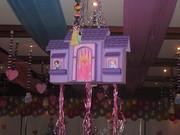 Fiesta princesa disney - decoracion piñata