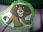 piñata de  madagascar