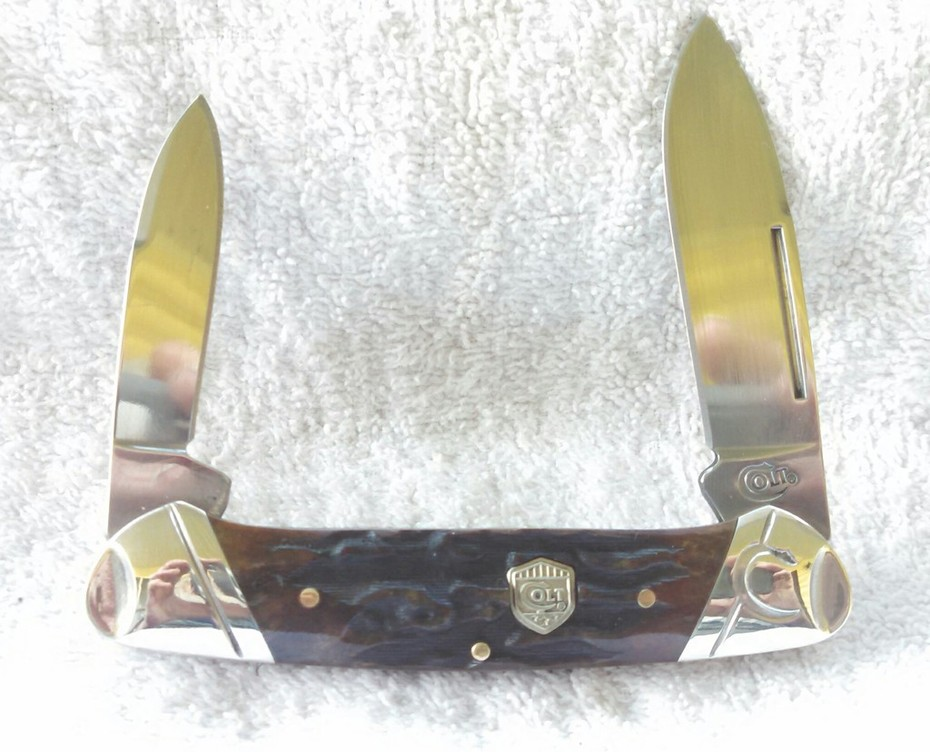 Colt Amber Stag Bone Canoe