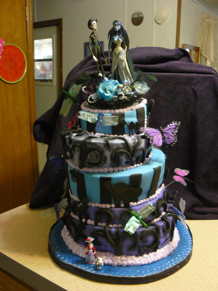 Corpse Bride Wedding Cake  TOPSY 14F