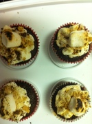 S'mores mini cupcakes