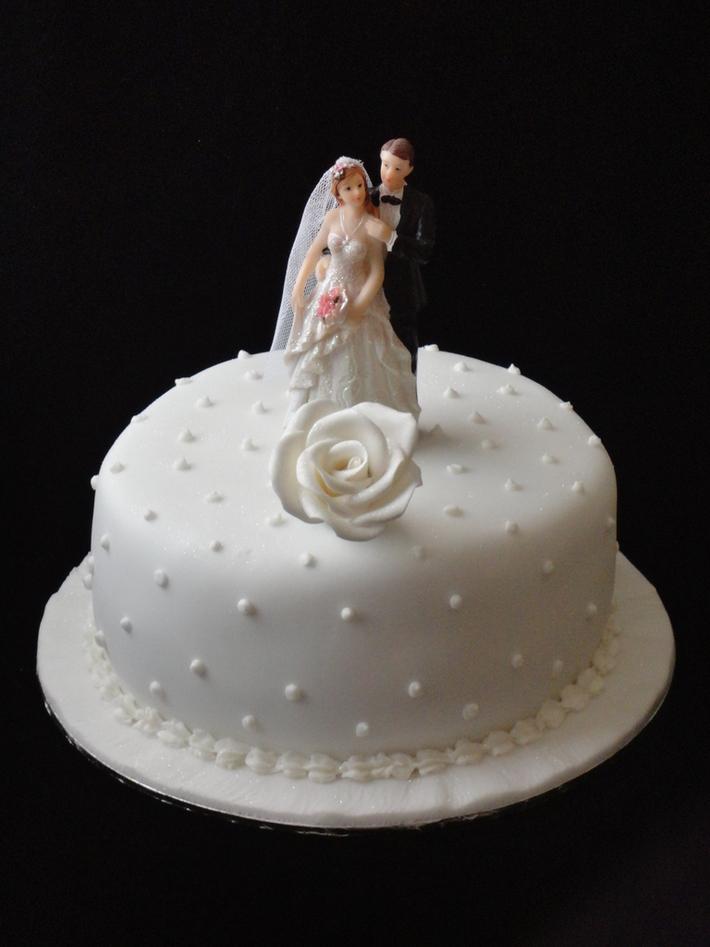 1st year wedding anniversary cake