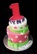 1st birthday topsy turvy cake_enl