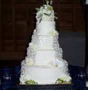 Scrolls and Roses Wedding Cake