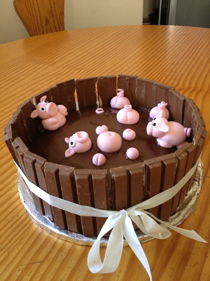 Pigs in the mud - Cake Decorating Community - Cakes We Bake
