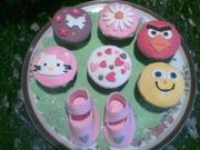 Tia_Cupcakes_Apr13
