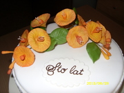 Chinese Hat with gumpaste flowers