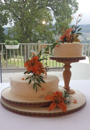 Asiatic Lily Cake