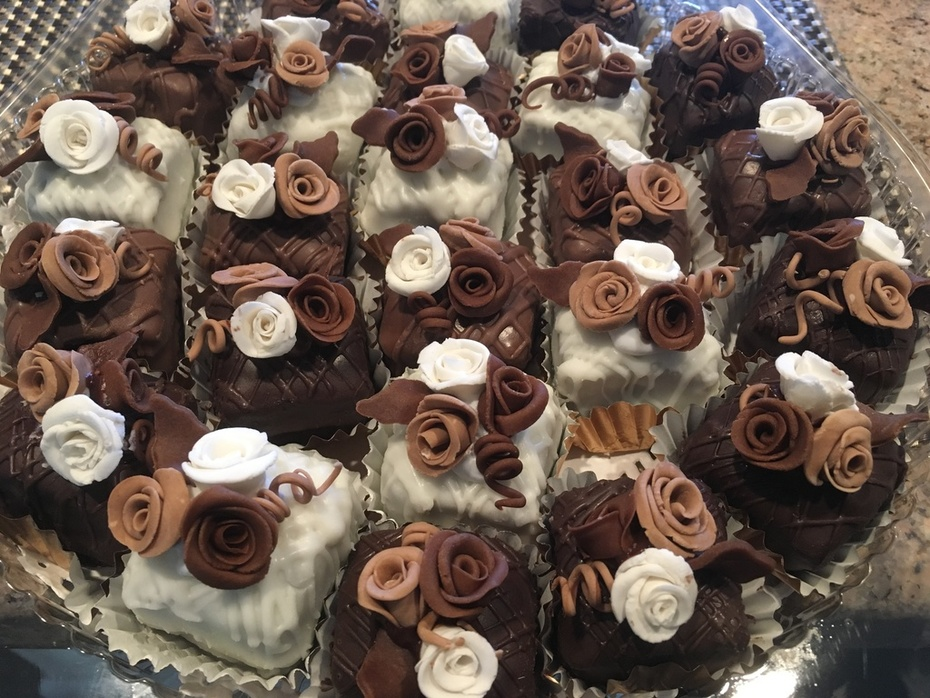 chocolate Raspberry Petit Fours
