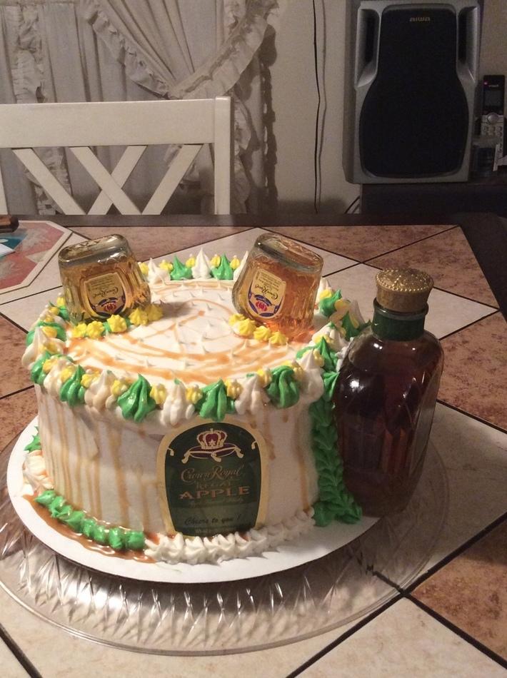 Key Line infused Cake