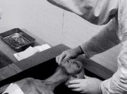 alien-ufo-extraterrestrial-body-recovered-nasa-area-51-roswell-corpse-03-military-operation-autopsy-photo-1