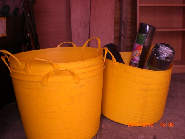 planters that i bought in a sale, 6 euro 50 cent each, i payed 140 a piece, i may plant fruit trees in these.