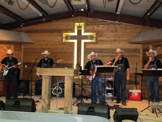 02Baggy Bottom Boys @ Trail To The Cross Cowboy Church