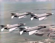 f4_mcdonnell_phantom_vf101