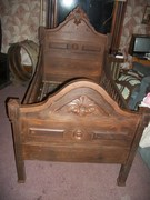Antique Youth Bed.3