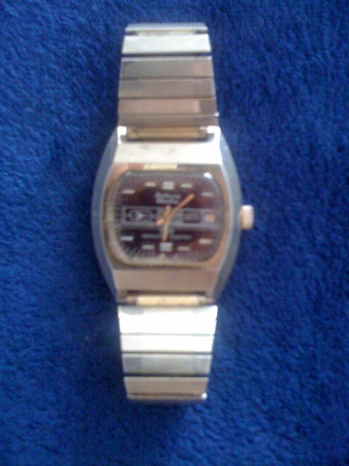 vintage Boliva Electra wrist watch