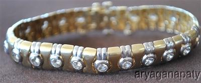 14k Gold Bracelet with 22 Round Brilliant White Diamonds
