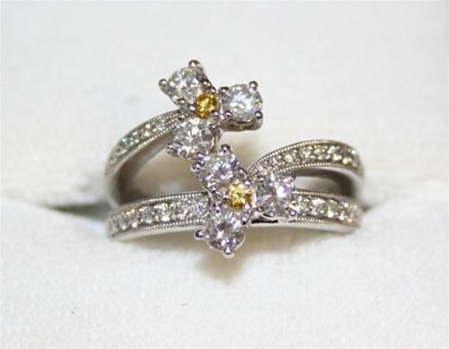 18K White Gold White & Yellow Diamond Ring