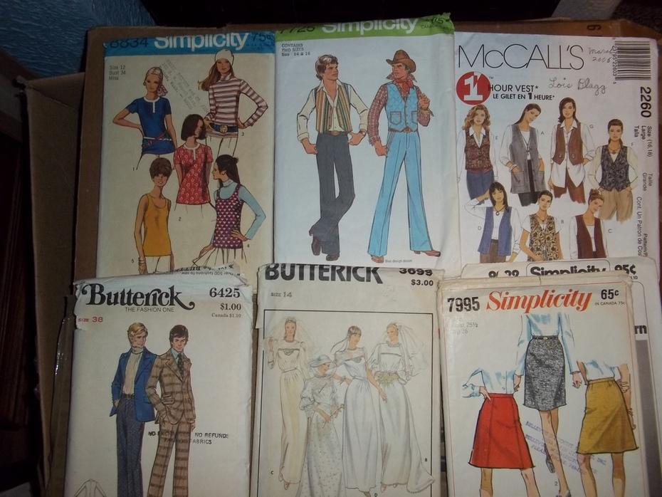 McCalls Butterick Simplicity LOT of 369 patterns