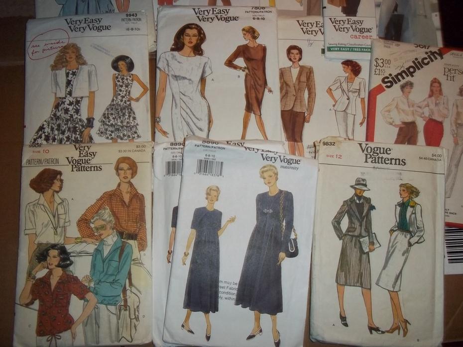 Patterns, Vogue, Simplicity, huge lot 369 plus patterns, all sizes