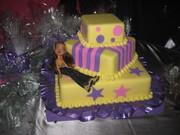 Fiesta BRATZ - decoracion torta