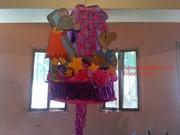 piñata de marcos y viky de angelina ballerina