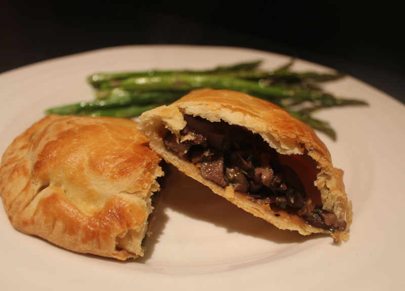 HOME Cooked Winter Recipes: Mushroom Pasty