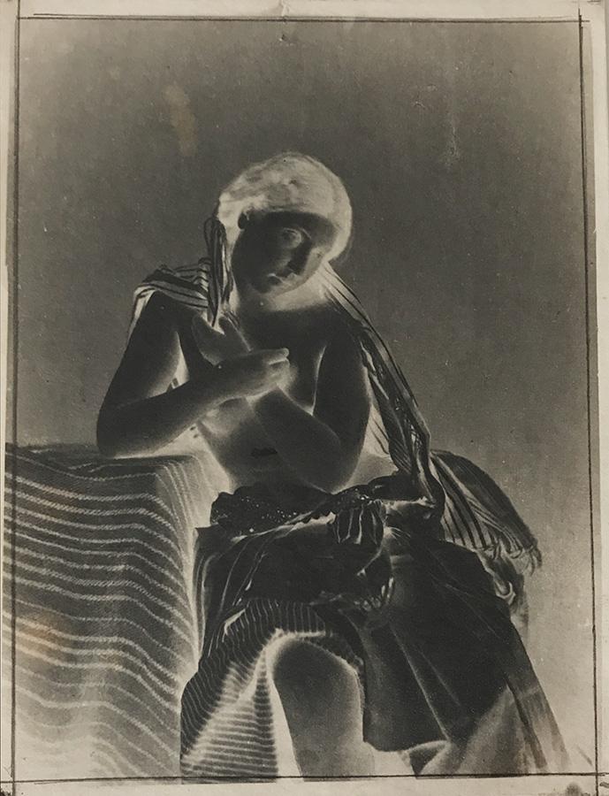 Julien Vallou de Villeneuve: Sitting Female Nude.
