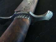 Shell Guard and Rope Pattern Band on Damascus Bowie