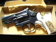 How about that Tyler grip w/ELK on this S&W 19-4 snubnose ? Bet you don't have one