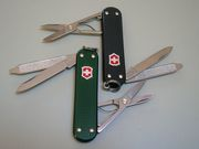 Victorinox Alox Classic, green and black with red shield