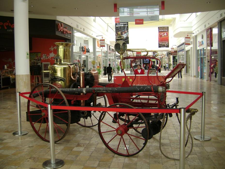 Exposicion de Carros Bomberos (reliquias)