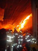 incendio de un deposito de pisos de parquet