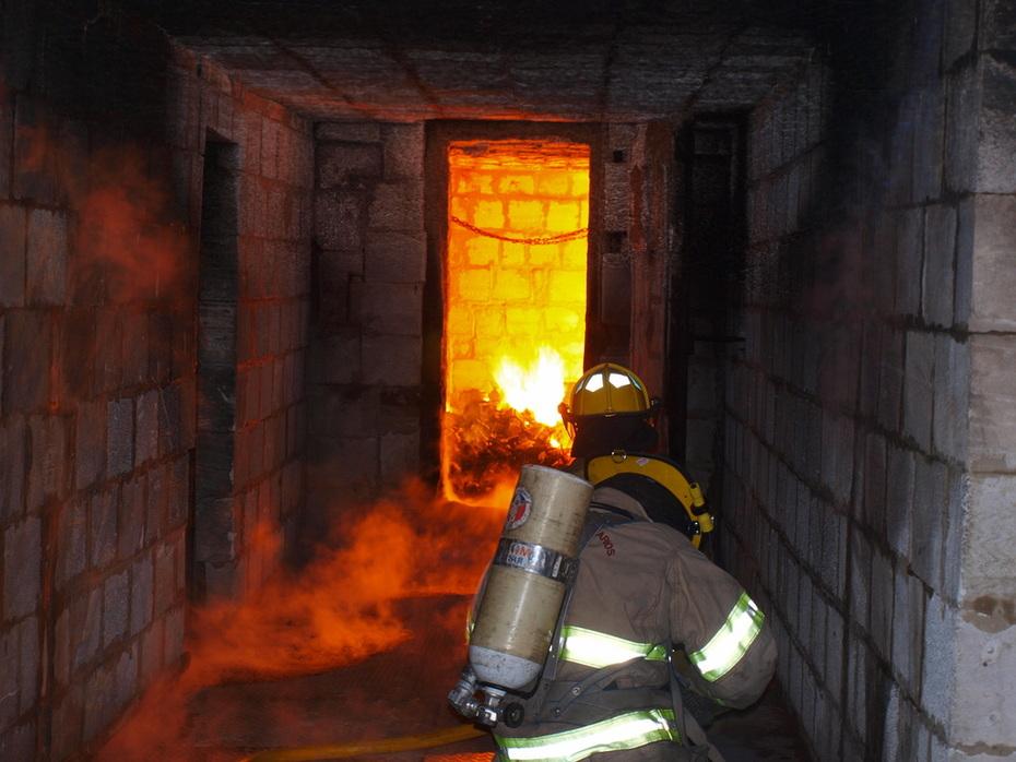 Capacitación en B.V.Lujan  sobre Incendios Estructurales gestionada por LHB entre B.V.La Boca y Baradero / FOTO DESTACADA DE LA HERMANDAD DE BOMBEROS