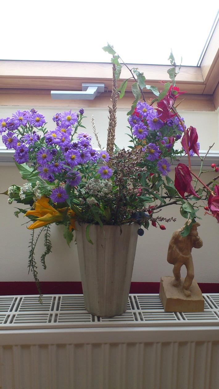 AUTUMN flowers - THANKSGIVING