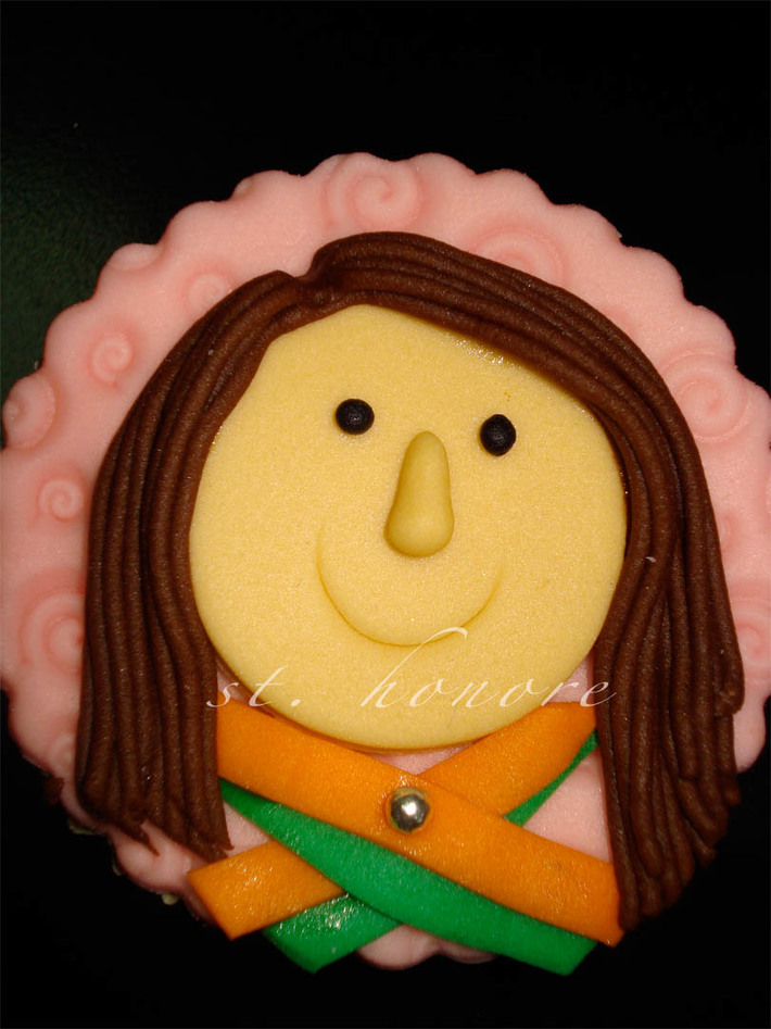 mac airline cupcakes 8