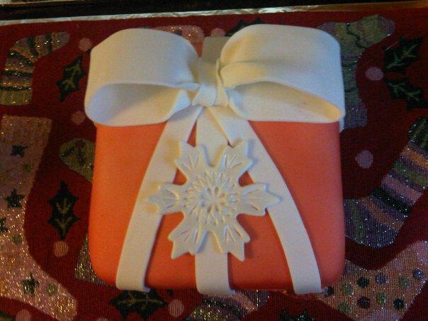 holiday cake contest