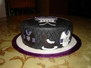 LA Kings puck cake