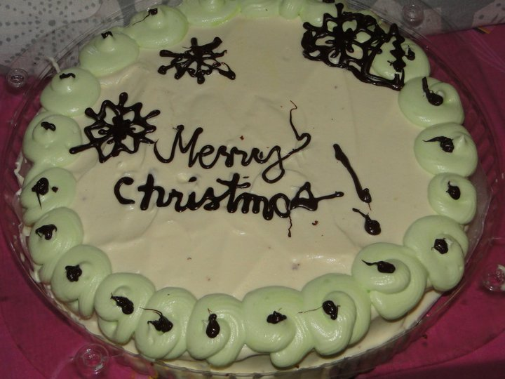 Vannila Cake with Whipped icing