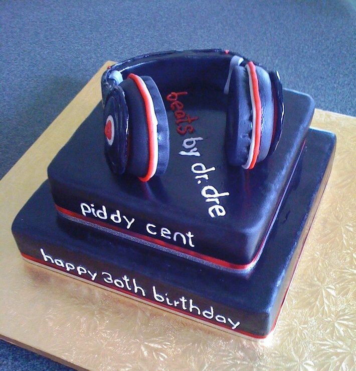 DJ Headphones Cake