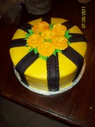 black and yellow roses