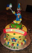 1st birthday clown themed cake