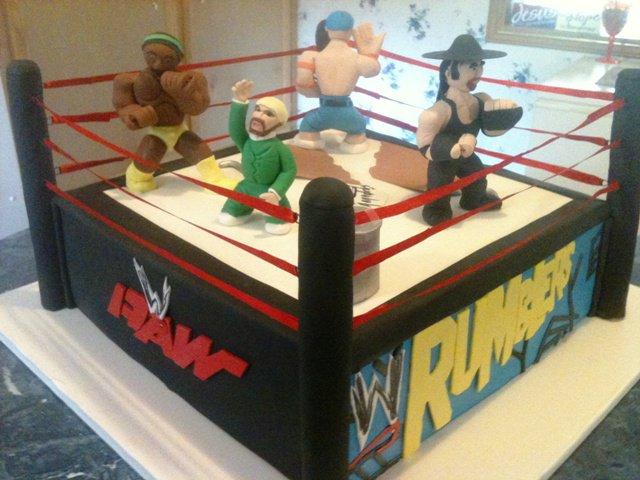 WWE Rumblers Cake