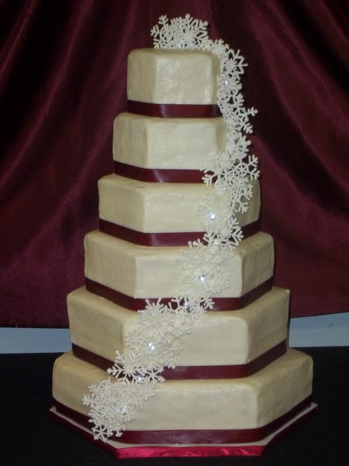 Winter Wedding Cake - 612F