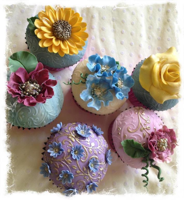 Fondant Fetish - Summer cupcakes