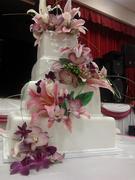 pinklilliespurpleorchid4tierweddingcake2