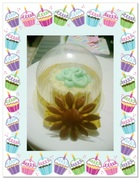 cupcake with flower